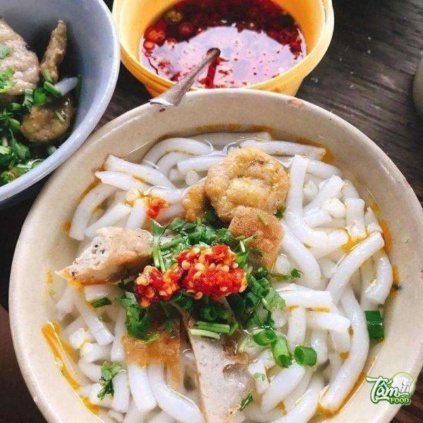 bánh canh chả cá Nha Trang