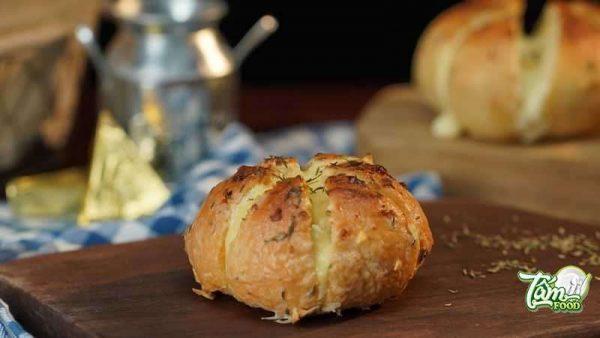 bánh mì bơ tỏi phô mai