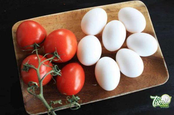 trứng sốt cà chua