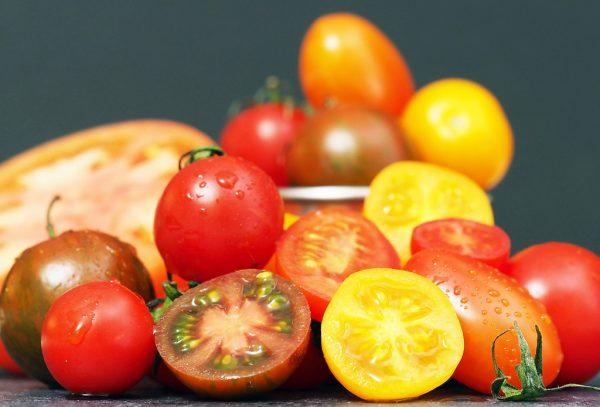 đau dạ dày có ăn được cà chua không?