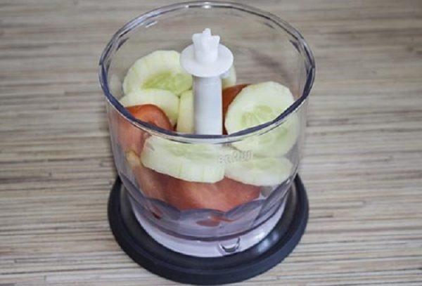 Mặt nạ cà chua tốt cho da đến mức nào? Công thức mặt nạ cà chua siêu dễ tại nhà!
