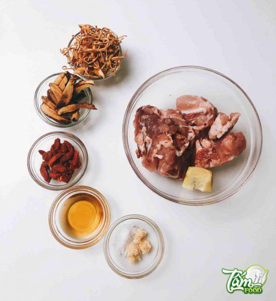 Công thức nấu canh đông trùng hạ thảo chay - mặn bồi bổ sức khỏe
